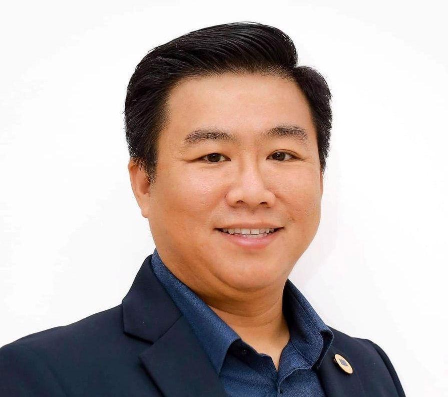 PGS.TS. Nguyễn Khắc Quốc Bảo,Viện trưởng Viện Công Nghệ Tài Chính, Đại học Kinh tế Tp.HCM.