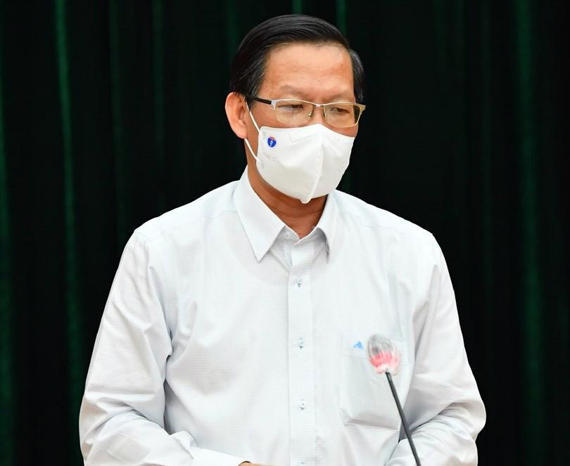 Phó Bí thư thường trực Thành ủy Phan Văn Mãi tại cuộc họp báo ngày 3/8.