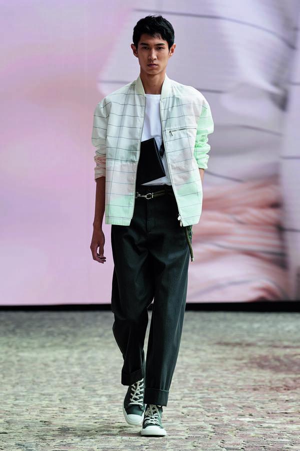 Ra mắt BST Hermès nam giới Xuân Hè 2022 - Ảnh 3
