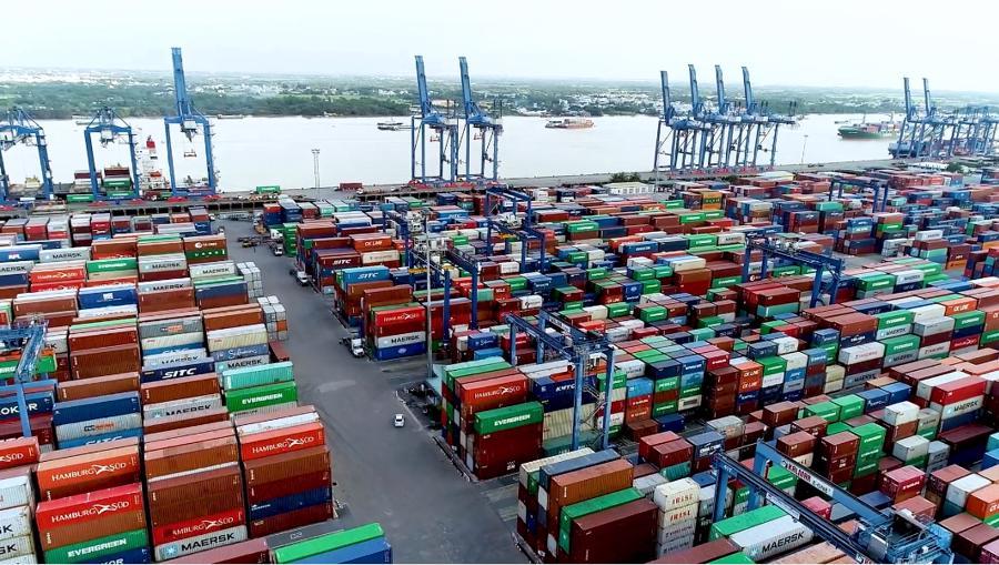 Tân Cảng Sài Gòn hỗ trợ doanh nghiệp chi phí nâng hạ, vận chuyển hàng tồn đọng - Ảnh 1