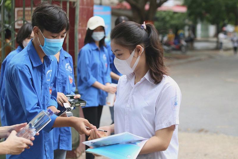 Các thí sinh dự thi đợt 2 được Hội đồng thi Bắc Giang hỗ trợ tối đa