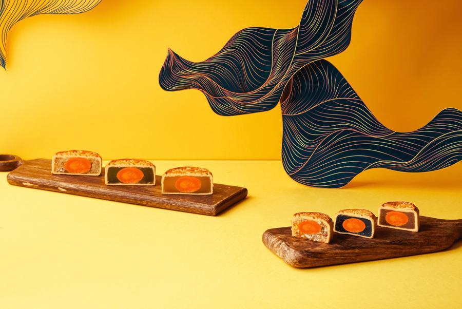Bánh trung thu năm nay củaMövenpick được sáng tạo thêm những hương vị mới đầy hấp dẫn.