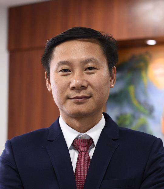 Luật sư Nguyễn Hồng Chung, Chuyên gia chính sách đầu tư, Chủ tịch HĐQT DVL Ventures