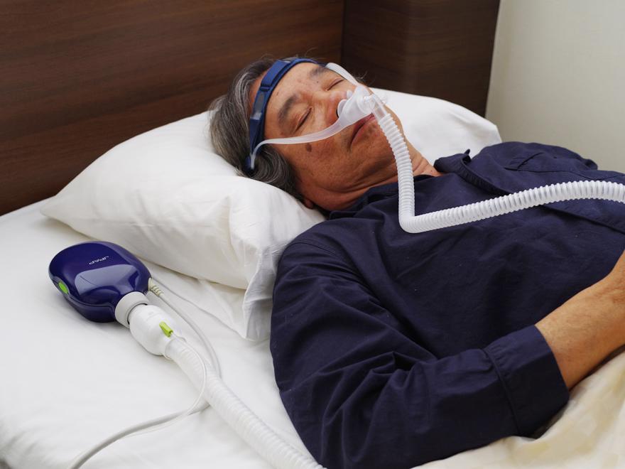 Dựa trên kết quả nghiên cứu, cứ 12 người được điều trị bằng CPAP thì sẽ có một người tránh được việc phải dùng tới thông khí xâm lấn trong ICU.