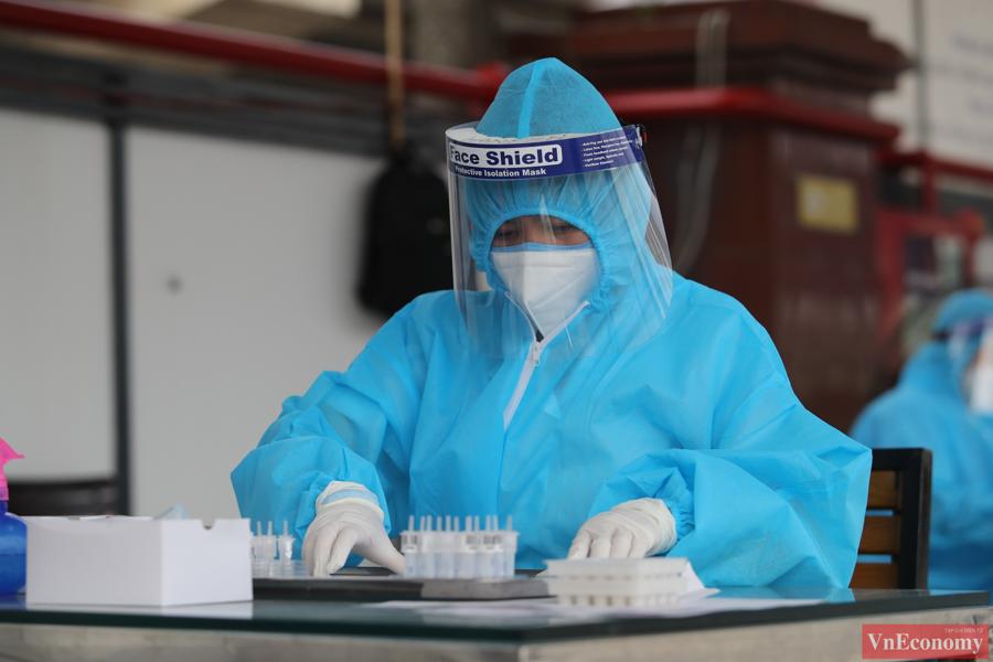 Được biết, trong khoảng thời gian từ ngày 9/8 đến 17/8, thành phố sẽ tập trung thực hiện xét nghiệm với tổng số tối đa khoảng 1,3 triệu mẫu bằng kỹ thuật RT-PCR.