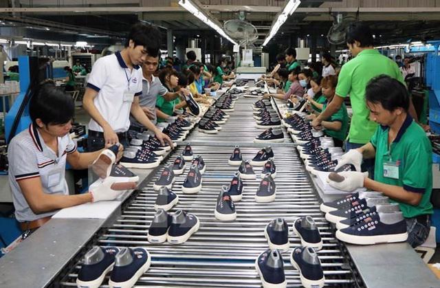 Các nhãn hàng da giày, dệt may lo lắng chuỗi cung ứng bị đứt gãy trong những tháng cuối năm