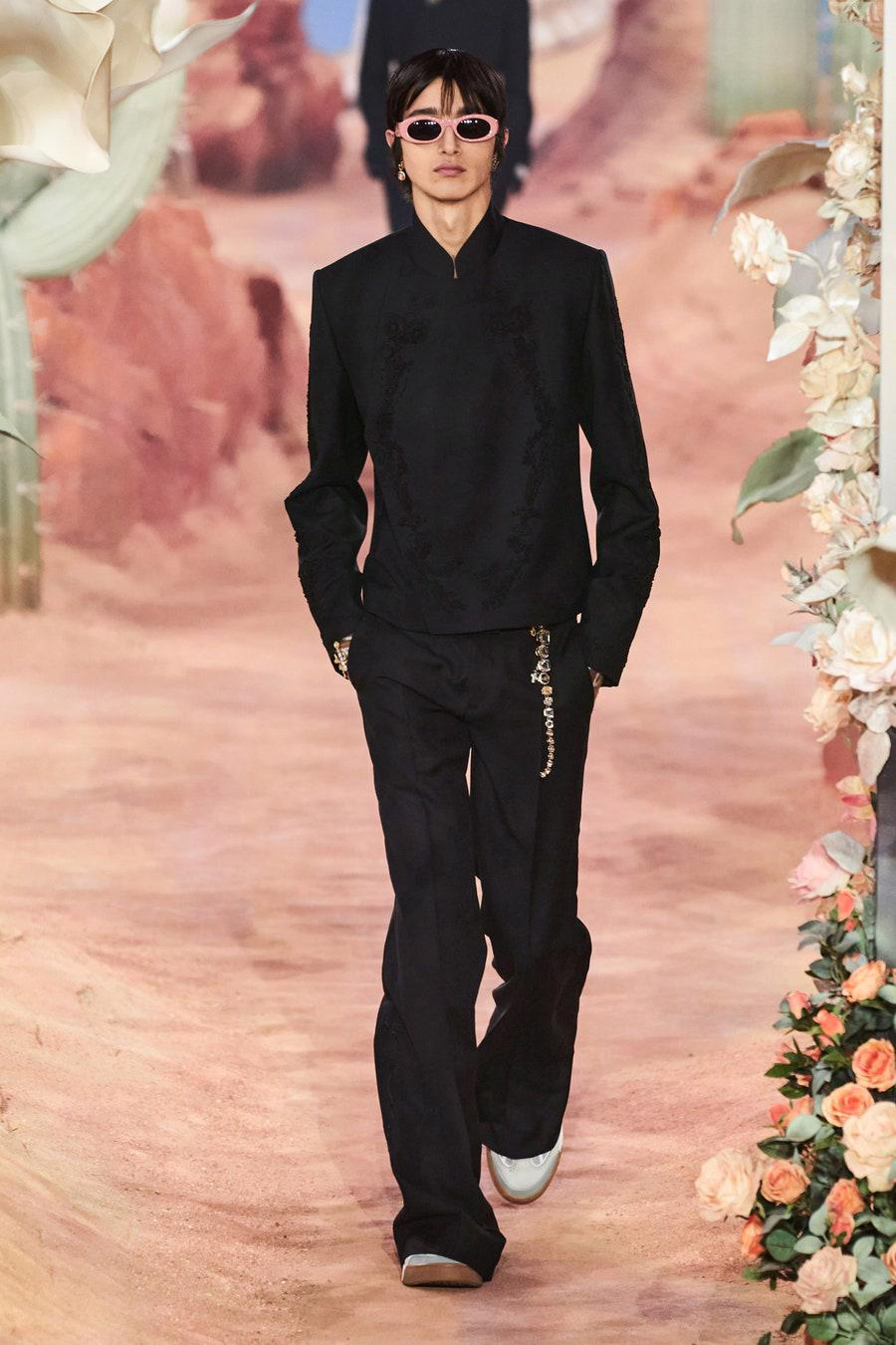 Dior Menswear Xuân Hè 2022: Những anh chàng hip hop lịch lãm - Ảnh 2