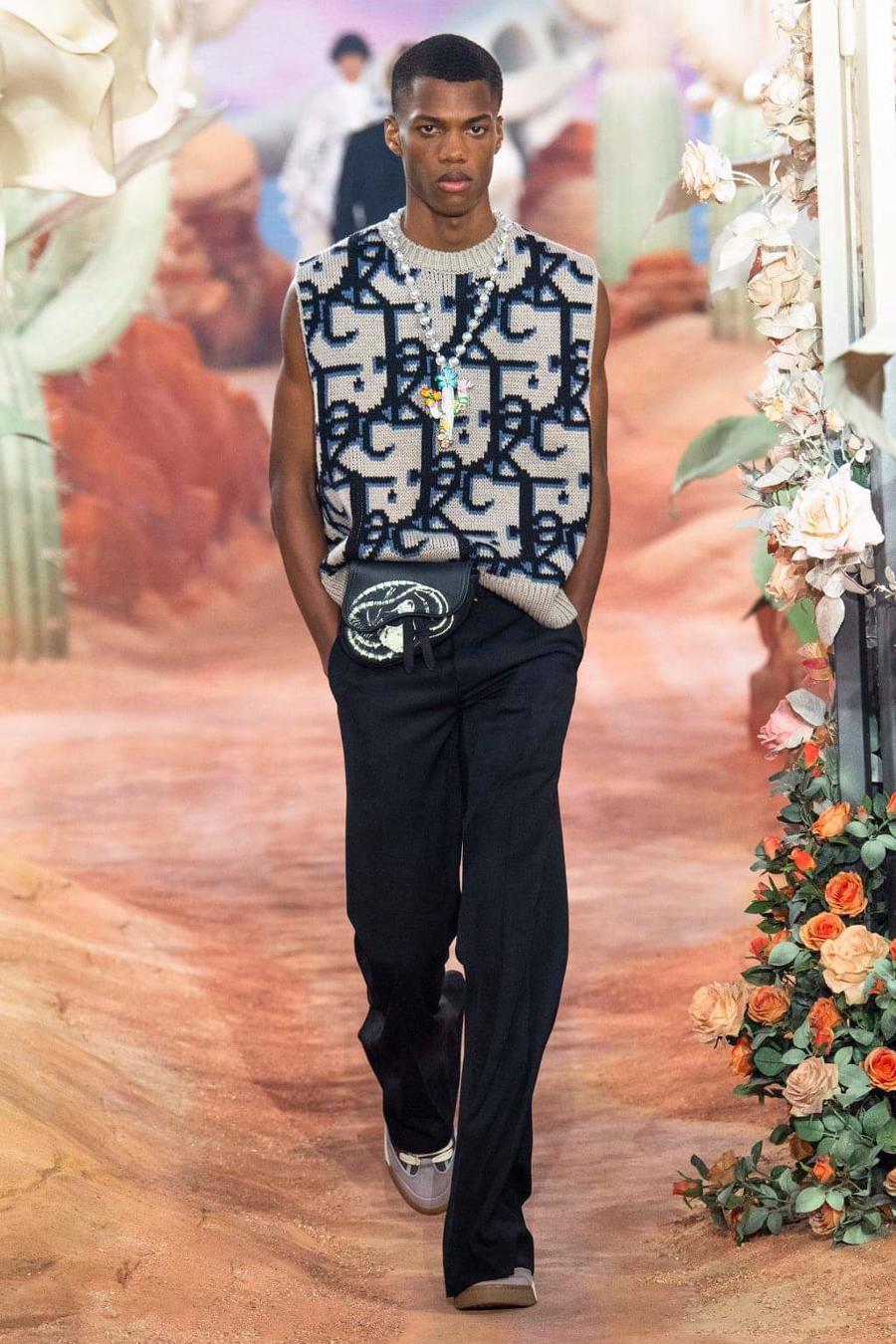 Dior Menswear Xuân Hè 2022: Những anh chàng hip hop lịch lãm - Ảnh 12