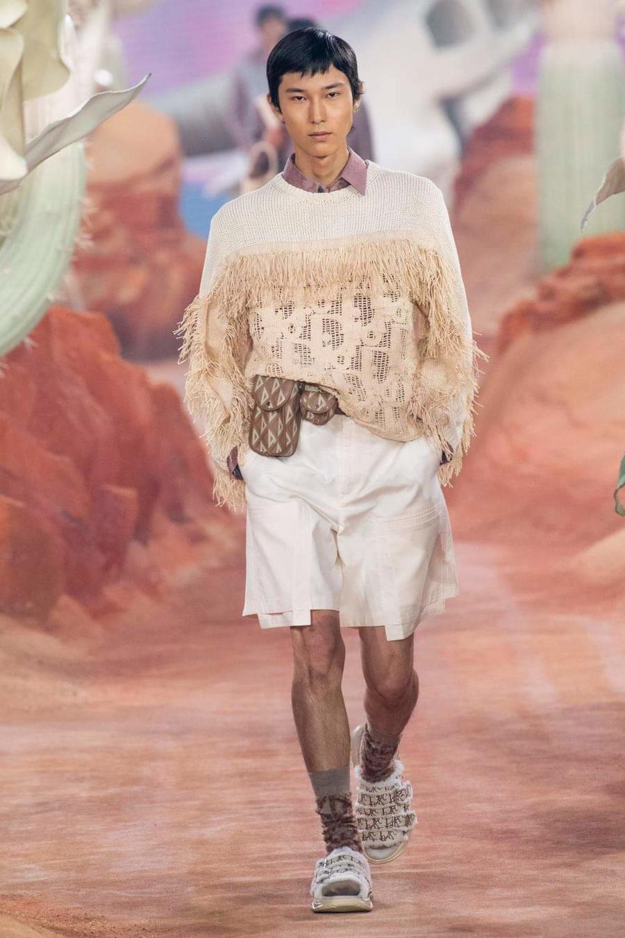 Dior Menswear Xuân Hè 2022: Những anh chàng hip hop lịch lãm - Ảnh 11