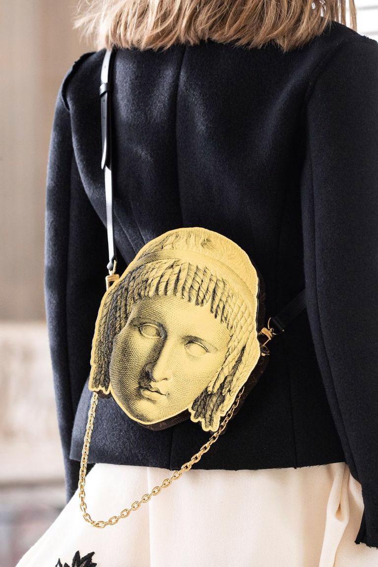 Những mẫu túi kỳ lạ của Louis Vuitton: thảm họa hay gây sốt? - Ảnh 8