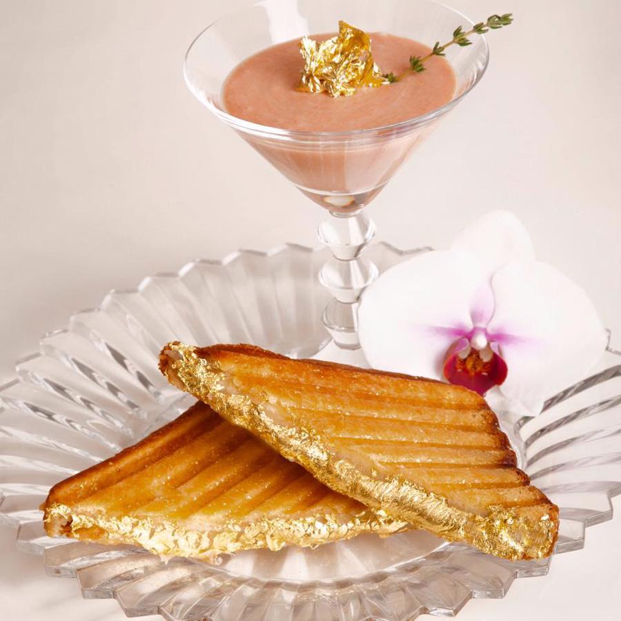 Món bánh Sandwich phô mai nướng có tên Quintessentia.