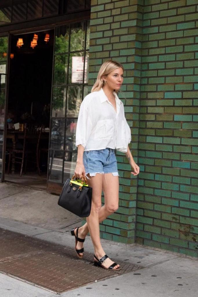 Gucci Diana Bag: chiếc túi tái sinh gây sốt làng thời trang - Ảnh 3