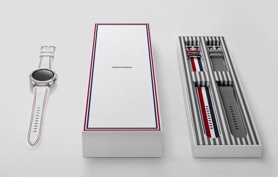 Thom Browne Edition tập trung vào mặt đồng hồ được mạ rhodium mang đến vẻ đẹp sang trọng và thanh lịch với bề mặt sáng bóng và dây đeo bằng da màu trắng có đường may màu đỏ và xanh dương.