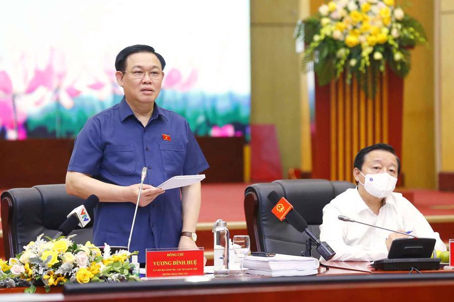 Chủ tịch Quốc hội Vương Đình Huệ phát biểu tại buổi làm việc - Quochoi.vn