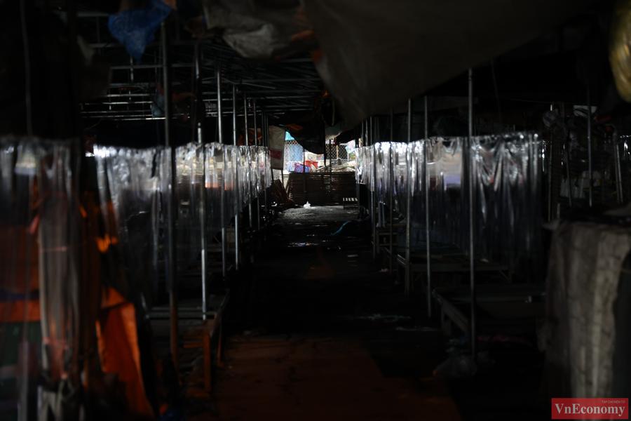 Chợ đầu mối phía Nam Hà Nội thận trọng trong ngày đầu mở cửa trở lại - Ảnh 4