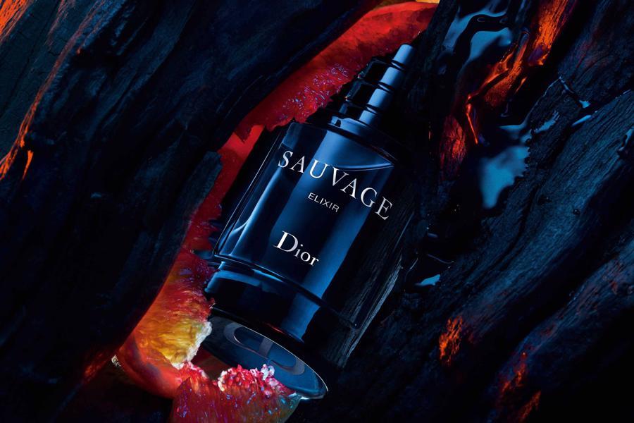Review từ người dùng đều đánh giá rất cao mùi hương mới này của Dior.