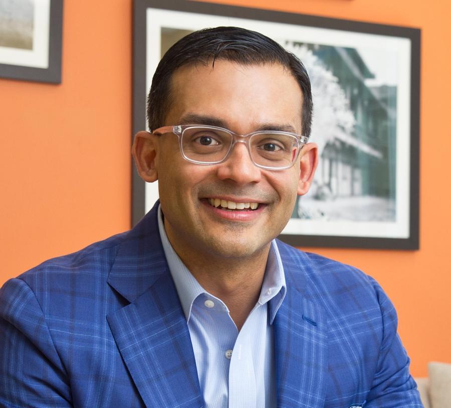 Ông Nirav Patel, Phó trợ lý Bộ trưởng Ngoại giao Mỹ các năm 2012-2013, hiện là CEO kiêm Co-Founder của The Asia Group.