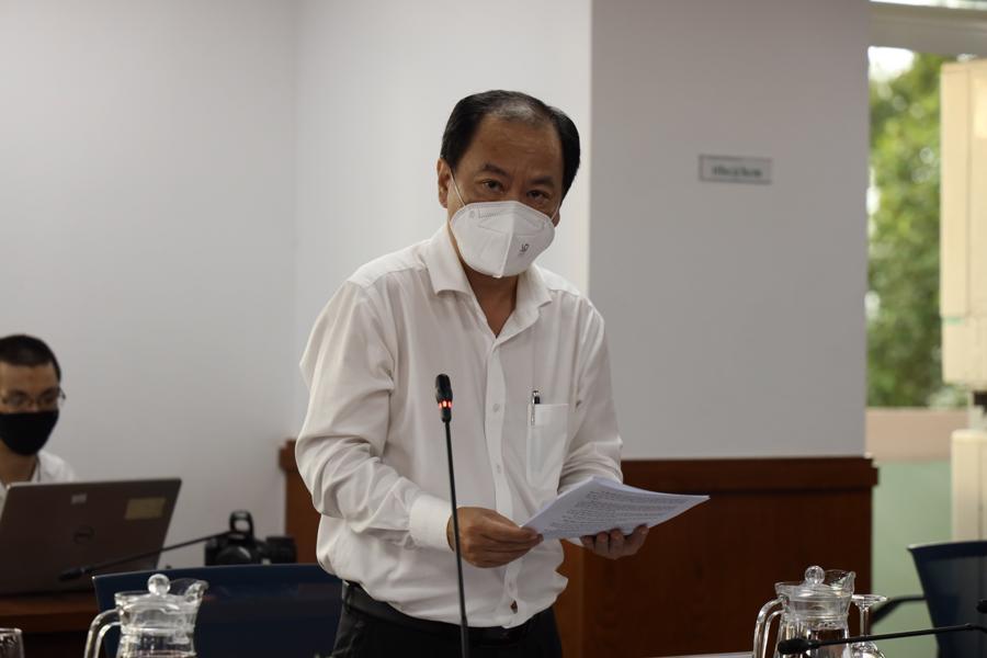Phó Giám đốc Sở Y tế Nguyễn Hoài Nam thông tin về trạm y tế lưu động và công tác chăm sóc, điều trị F0 tại nhà.