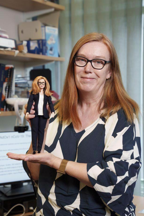 Giáo sư Sarah Gilbert