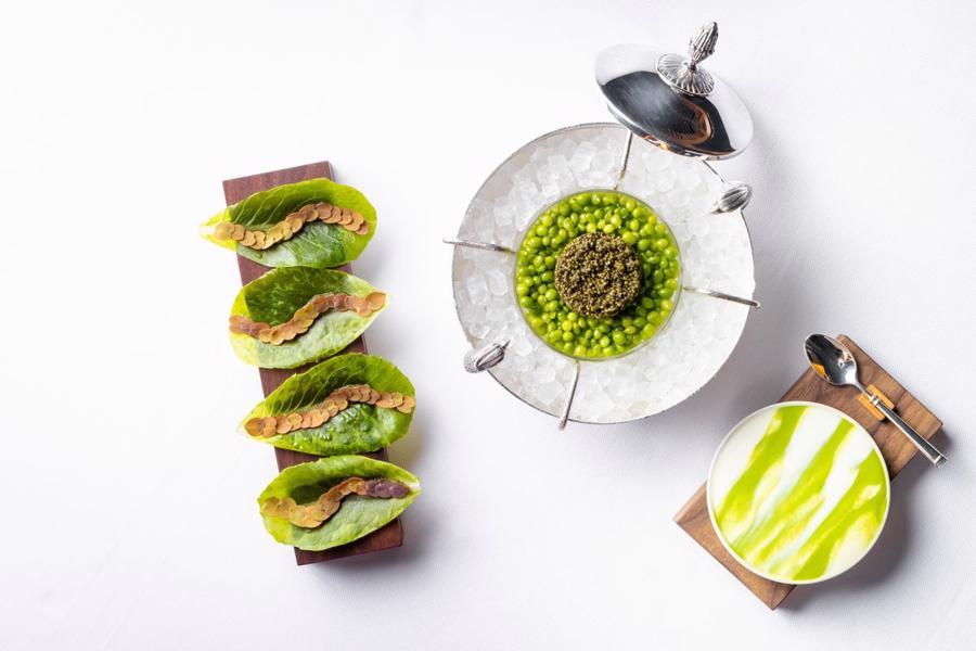 Mở cửa trở lại sau đại dịch, bếp trưởng Daniel Humm đã giới thiệu một thực đơn sử dụng 100% nguyên liệu là thực vật.