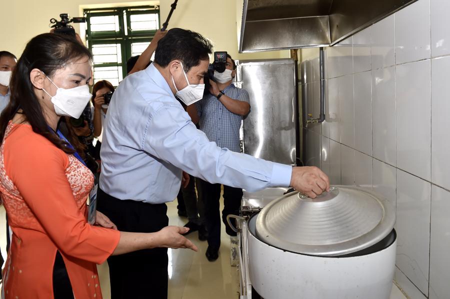Chùm ảnh Thủ tướng thăm và làm việc tại Thái Nguyên - Ảnh 5