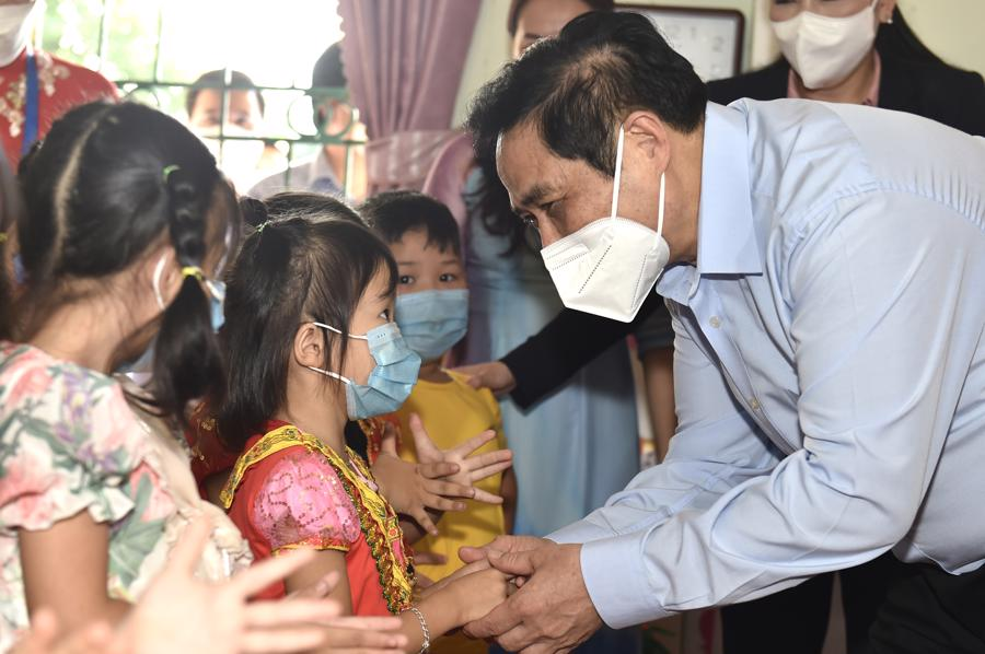 Chùm ảnh Thủ tướng thăm và làm việc tại Thái Nguyên - Ảnh 8
