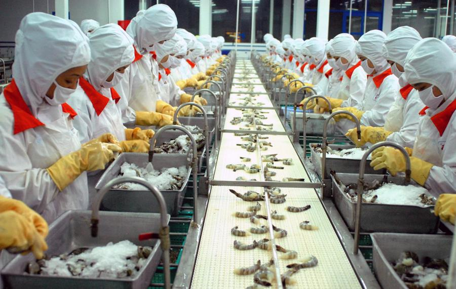 Hàng loạt doanh nghiệp đã phải thông báo tiếp tục tạm ngừng hoạt động, tạm ngưng sản xuất, gián đoạn có thời hạn… cho thấy mối nguy lớn cho chuỗi cung ứng.