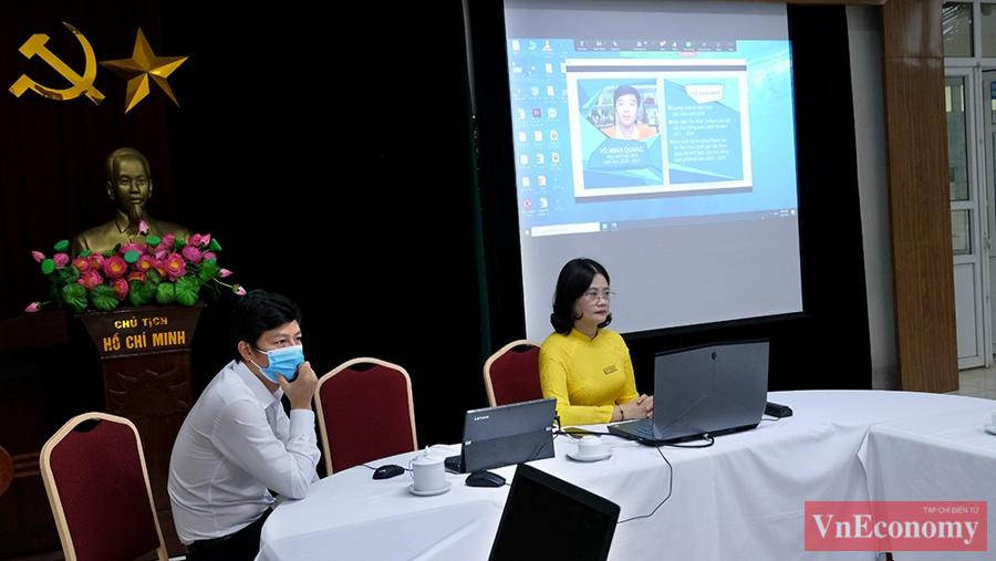 Tại điểm trường THCS Giảng Võ, lễ khai giảng online cũng được các thầy cô chuẩn bị chu đáo, kỹ càng.