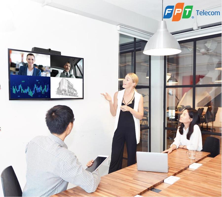 Tính năng đa dạng của OnMeeting tạo sự thuận tiện khi làm việc nhóm, phù hợp cho doanh nghiệp/ tổ chức giáo dục xây dựng chương trình đào tạo từ xa.