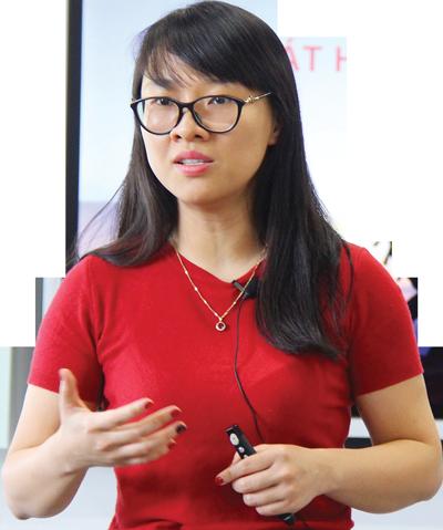 Bà Cao Cẩm Linh, Giám đốc Chiến lược Tổng công ty Cổ phần Bưu chính Viettel (Viettel Post).