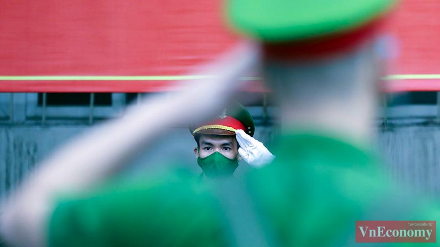 650 cán bộ, học viên Cảnh sát xuất quân chi viện cho miền Nam chống dịch - Ảnh 3