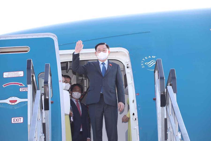 Chủ tịch Quốc hội Vương Đình Huệ đếnBrussels, Vương quốc Bỉ. Ảnh: Quochoi.vn/Doãn Tấn.