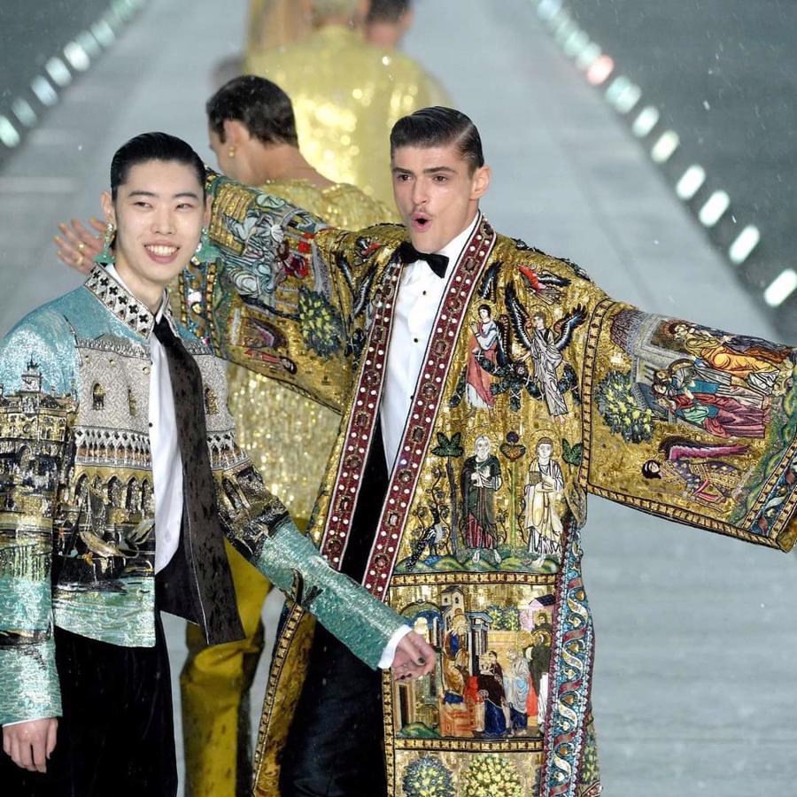 Thế giới chứng kiến những gì sau bữa tiệc xa hoa của Dolce & Gabbana? - Ảnh 6