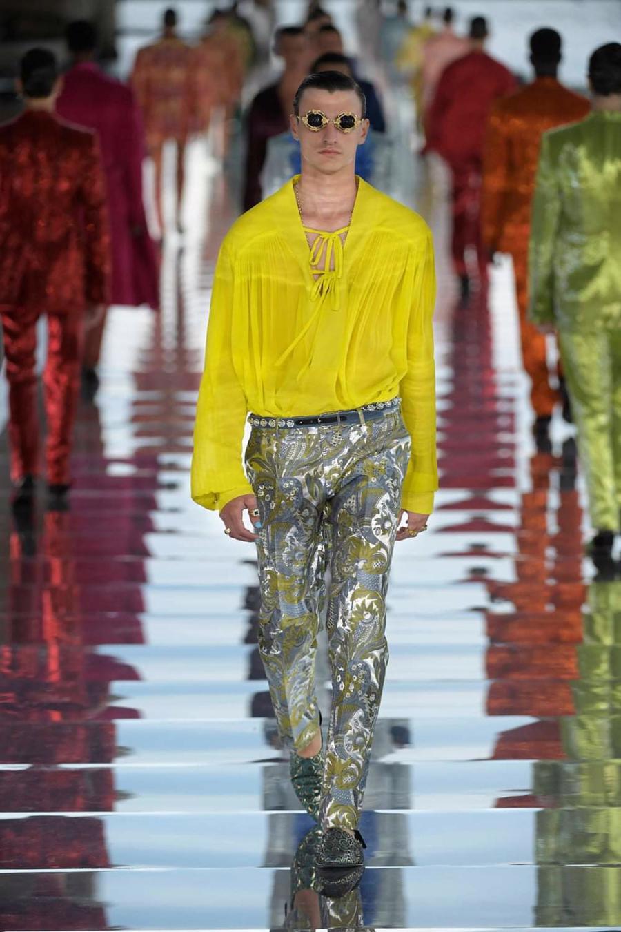 Thế giới chứng kiến những gì sau bữa tiệc xa hoa của Dolce & Gabbana? - Ảnh 9