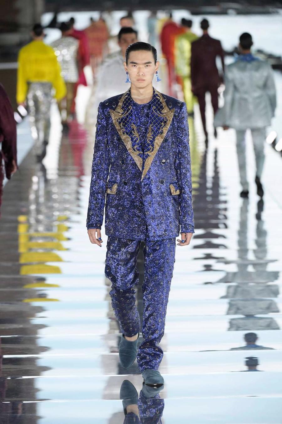 Thế giới chứng kiến những gì sau bữa tiệc xa hoa của Dolce & Gabbana? - Ảnh 11