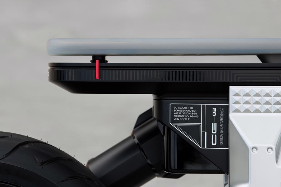 Cận cảnh chiếc mô tô điện cỡ nhỏ đặc biệt của BMW Motorrad - Ảnh 10