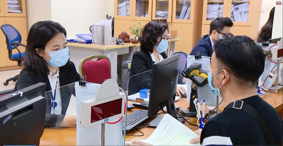 Gần 19 nghìn tỷ đồng tiền thuế và tiền thuê đất của các doanh nghiệp, cá nhân kinh doanh trên địa bàn Hà Nội đã được gia hạn theo Nghị định số 52/2021/NĐ/CP của Chính phủ.