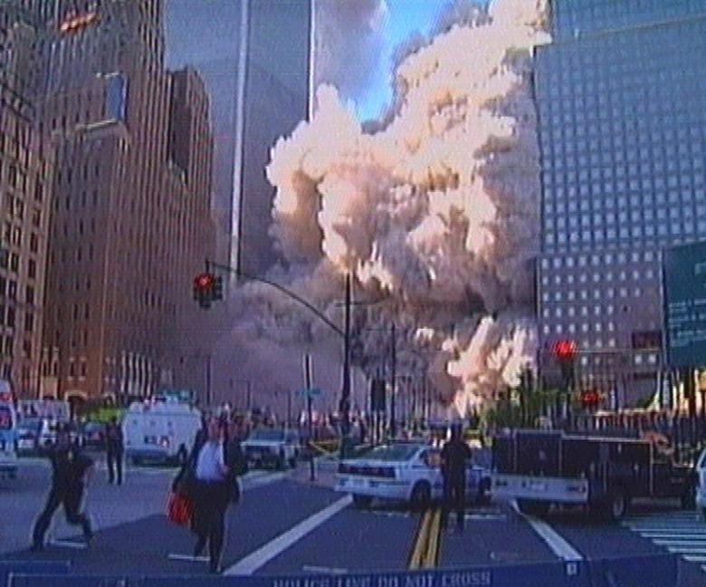Vụ khủng bố ngày 11/9: Ba giờ đồng hồ thay đổi nước Mỹ mãi mãi - Ảnh 2