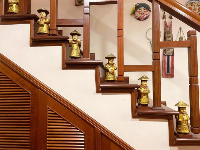Chị Huệ rất biết cách tận dụng những món đồ nhỏ xinh xung quanh để trang trí cho ngôi nhà thêm phần độc đáo.