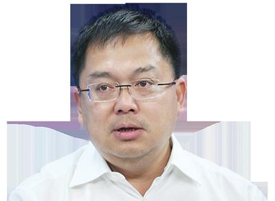 Ông Hoàng Nam Tiến,Chủ tịch Công ty Cổ phần Viễn thông FPT