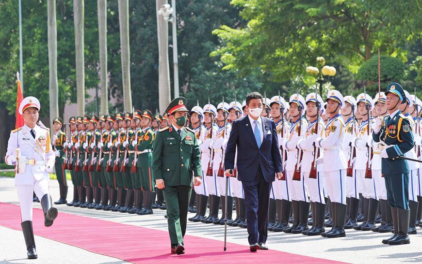 Việt Nam - Nhật Bản ký Thỏa thuận chuyển giao thiết bị và công nghệ quốc phòng - Ảnh 2