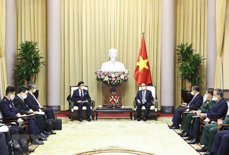 Toàn cảnh buổi tiếp của Chủ tịch nước Nguyễn Xuân Phúc với Bộ trưởng Quốc phòng Nhật Bản -Ảnh: TTXVN