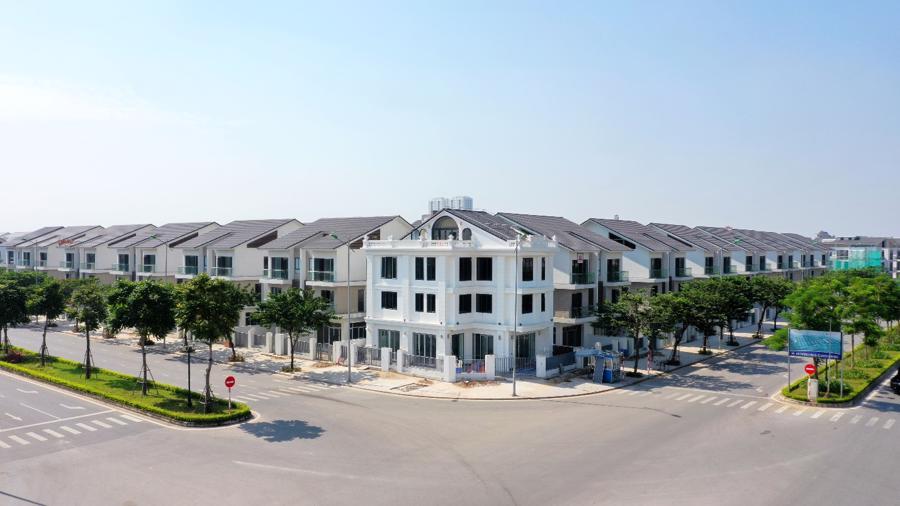 Thời điểm vàng đầu tư An Vượng Villa để đón đợt sóng tăng giá mới nhờ hạ tầng giao thông được hoàn thiện.