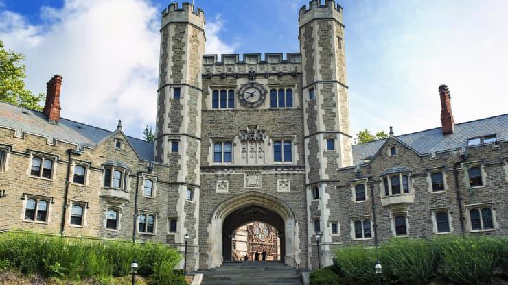 Top 5 đại học tốt nhất Mỹ năm 2022 và điều kiện trúng tuyển - Ảnh 1