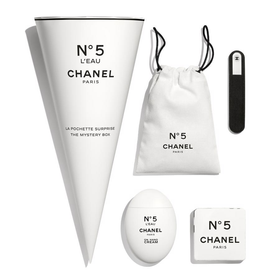 Giá trị xa xỉ gia tăng của Chanel N°5: không gì là không thể - Ảnh 2