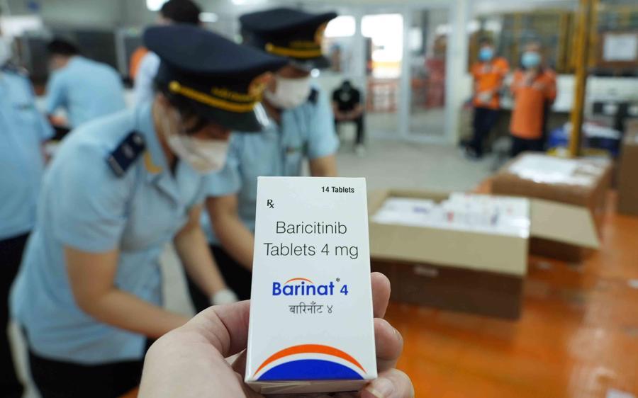 Đây là những loại thuốc đang được dùng điều trị Covid - 19 tại Ấn Độ.