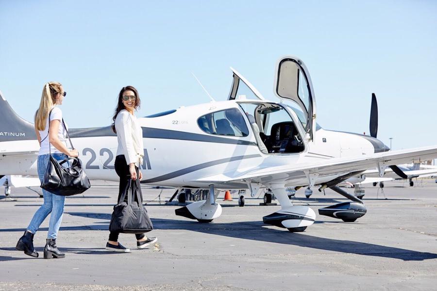 Trung bình một chuyến bay tư nhân có khoảng bốn hành khách nhưng sức chứa có thể lên tới 6 -14 người cho một chuyến đi.