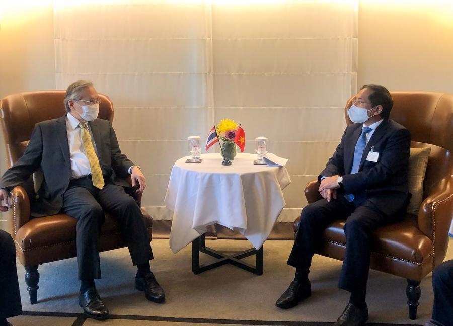 Ngoại giao Bùi Thanh Sơn và Phó Thủ tướng, Bộ trưởng Ngoại giao Thái Lan Don Pramudwinai - Ảnh: Bộ Ngoại giao