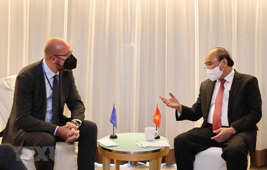 Chủ tịch nước Nguyễn Xuân Phúc vàChủ tịch Hội đồng Châu Âu Charles Michel - Ảnh: TTXVN