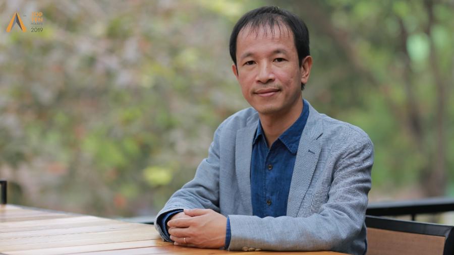 Kiến trúc sư Hoàng Thúc Hào là người Việt Nam đầu tiên giành giải thưởng SIA-GETZ cho kiến trúc sư nổi bật Châu Á, cũng là kiến trúc sư Việt Nam đầu tiên được trao giải VASSILIS SGOUTAS PRIZE 2017 - giải thưởng danh giá của Hội Kiến trúc sư Quốc tế UIA. Ông đã đạt được 35 giải thưởng quốc tế và 43 giải thưởng trong nước.